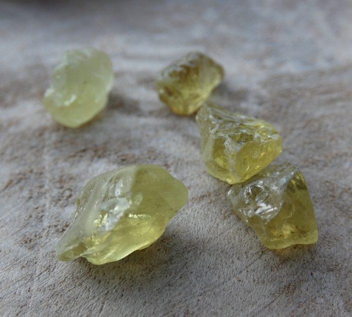 Peridoot ruw Crystal Grid